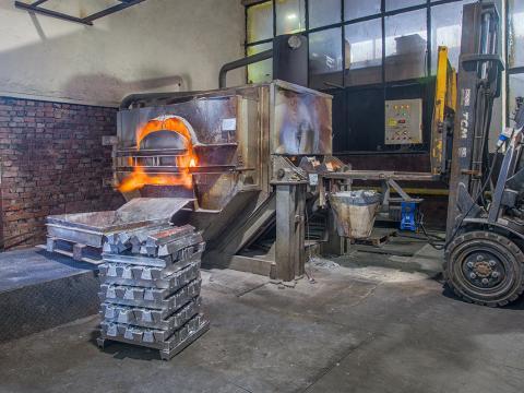high pressure casting 250 300 400 600 650 1000 tonnes 2.jpg
